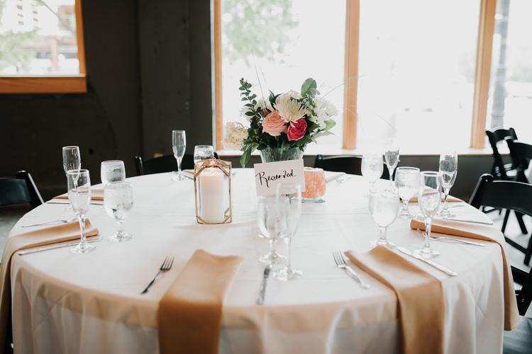 Caitlin & Jeff - Married - Nathaniel Jensen Photography - Omaha Nebraska Wedding Photography - Omaha Nebraska Wedding Photographer-372.jpg