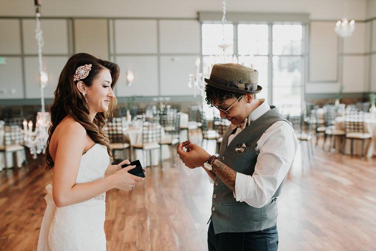 Jazz & Savanna - Married - Nathaniel Jensen Photography - Omaha Nebraska Wedding Photography - Omaha Nebraska Wedding Photographer-206.jpg