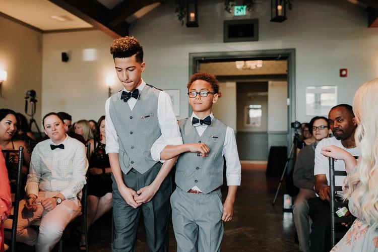 Jazz & Savanna - Married - Nathaniel Jensen Photography - Omaha Nebraska Wedding Photography - Omaha Nebraska Wedding Photographer-253.jpg