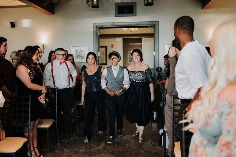 Jazz & Savanna - Married - Nathaniel Jensen Photography - Omaha Nebraska Wedding Photography - Omaha Nebraska Wedding Photographer-263.jpg