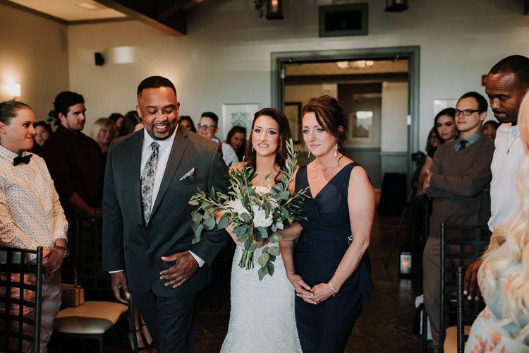 Jazz & Savanna - Married - Nathaniel Jensen Photography - Omaha Nebraska Wedding Photography - Omaha Nebraska Wedding Photographer-269.jpg