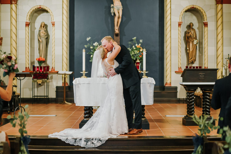 Brittney & Cole - Married - Nathaniel Jensen Photography - Omaha Nebraska Wedding Photographer-213.jpg