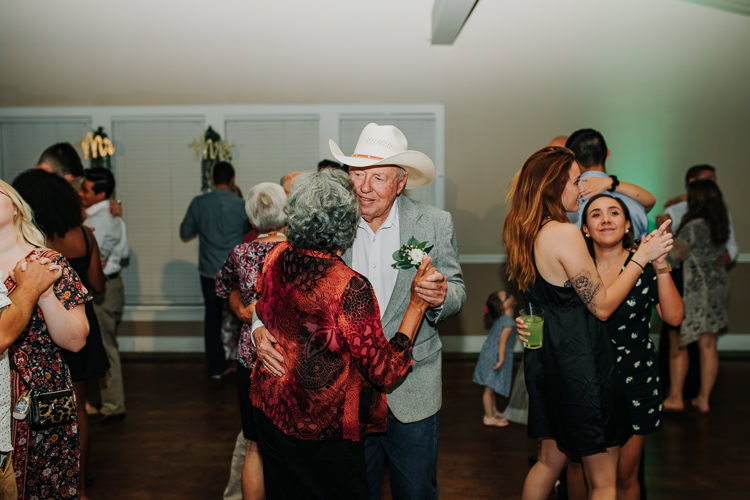 Kimberly & Tristan - Married - Nathaniel Jensen Photography - Omaha Nebraska Wedding Photograper - Field Club of Omaha-401.jpg