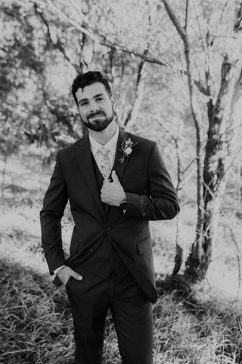 Cassidy & Isaac - Married - Nathaniel Jensen Photography - Omaha Nebraska Wedding Photograper - Nordstroms Christmas Tree Farm-172.jpg