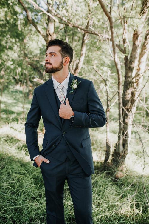 Cassidy & Isaac - Married - Nathaniel Jensen Photography - Omaha Nebraska Wedding Photograper - Nordstroms Christmas Tree Farm-176.jpg