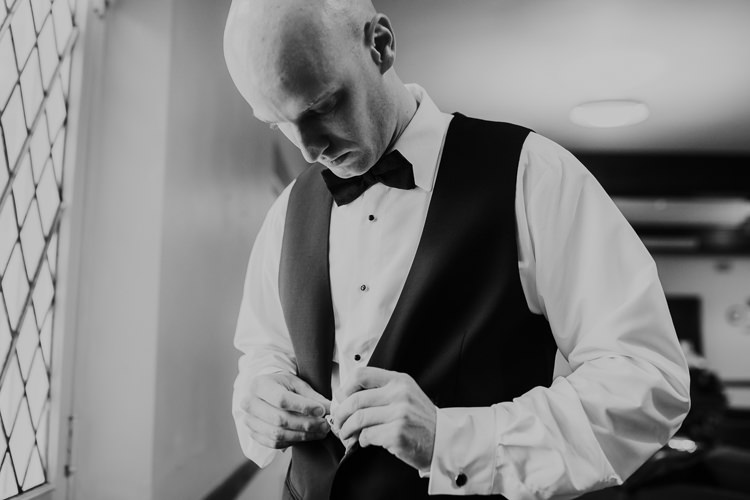 Samantha & Christian - Married - Nathaniel Jensen Photography - Omaha Nebraska Wedding Photograper - Anthony's Steakhouse - Memorial Park-109.jpg