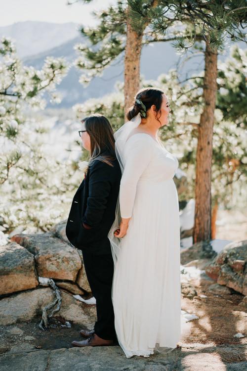 Isabel & Arien - Married - Nathaniel Jensen Photography - Omaha Nebraska Wedding Photograper-117.jpg