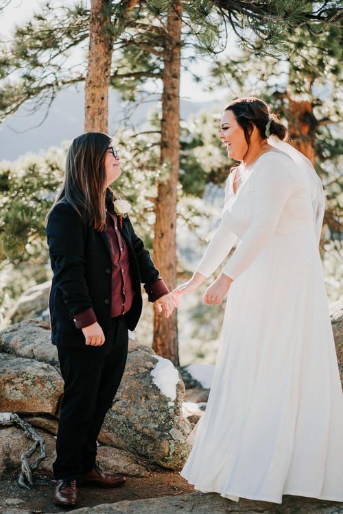 Isabel & Arien - Married - Nathaniel Jensen Photography - Omaha Nebraska Wedding Photograper-125.jpg