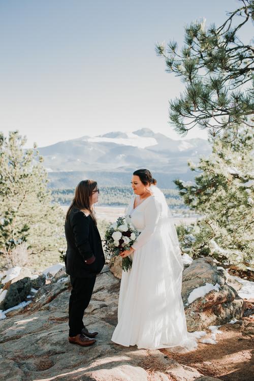 Isabel & Arien - Married - Nathaniel Jensen Photography - Omaha Nebraska Wedding Photograper-167.jpg