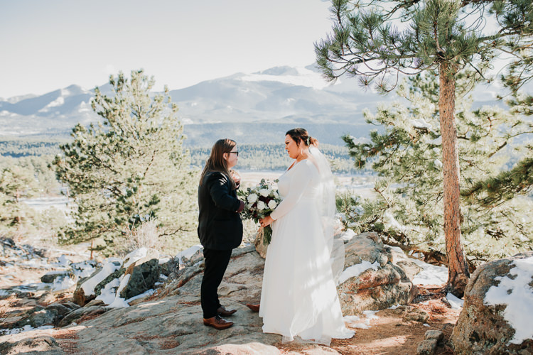 Isabel & Arien - Married - Nathaniel Jensen Photography - Omaha Nebraska Wedding Photograper-170.jpg