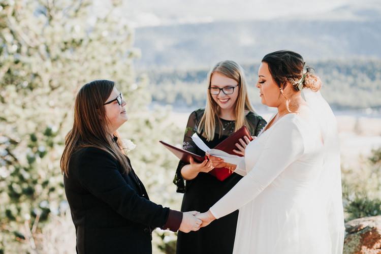 Isabel & Arien - Married - Nathaniel Jensen Photography - Omaha Nebraska Wedding Photograper-184.jpg