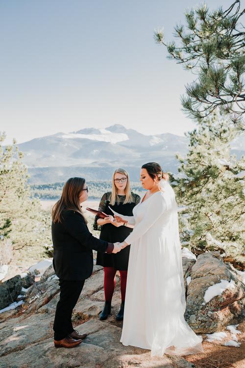 Isabel & Arien - Married - Nathaniel Jensen Photography - Omaha Nebraska Wedding Photograper-185.jpg
