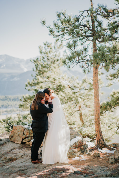 Isabel & Arien - Married - Nathaniel Jensen Photography - Omaha Nebraska Wedding Photograper-201.jpg