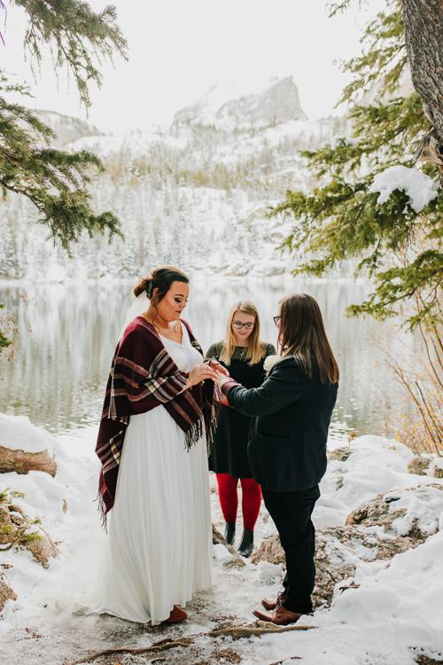 Isabel & Arien - Married - Nathaniel Jensen Photography - Omaha Nebraska Wedding Photograper-247.jpg