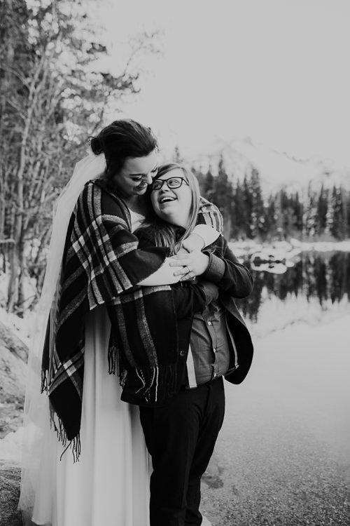 Isabel & Arien - Married - Nathaniel Jensen Photography - Omaha Nebraska Wedding Photograper-349.jpg
