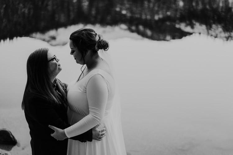 Isabel & Arien - Married - Nathaniel Jensen Photography - Omaha Nebraska Wedding Photograper-373.jpg