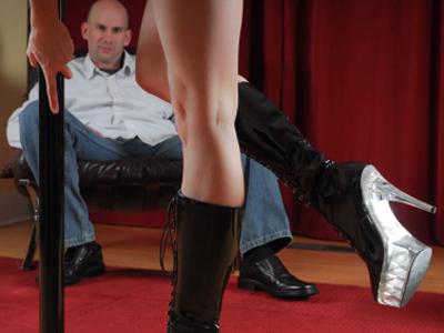 strip-club-stripper-xxx-lapdance.jpg