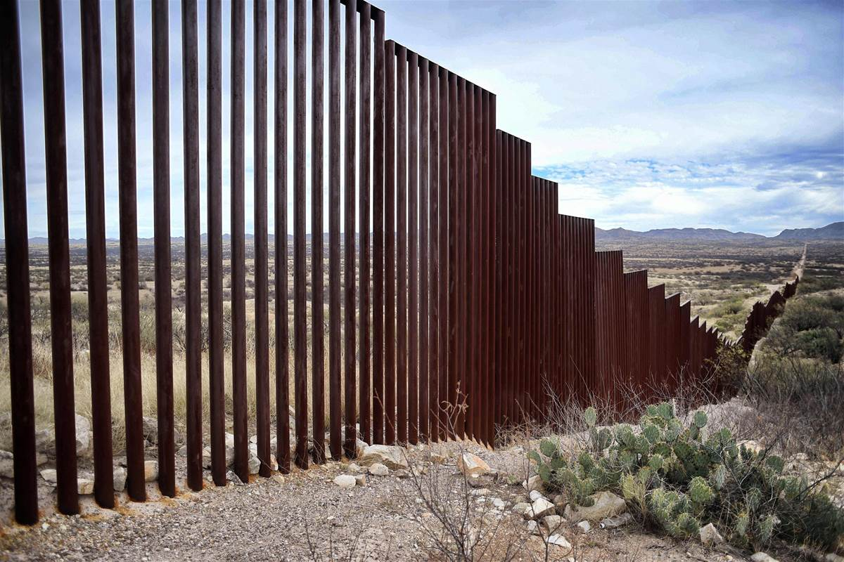 photo credit: https://www.autospost.com/cat/trump-to-order-mexican-border-wall-and-curtail-immigration-