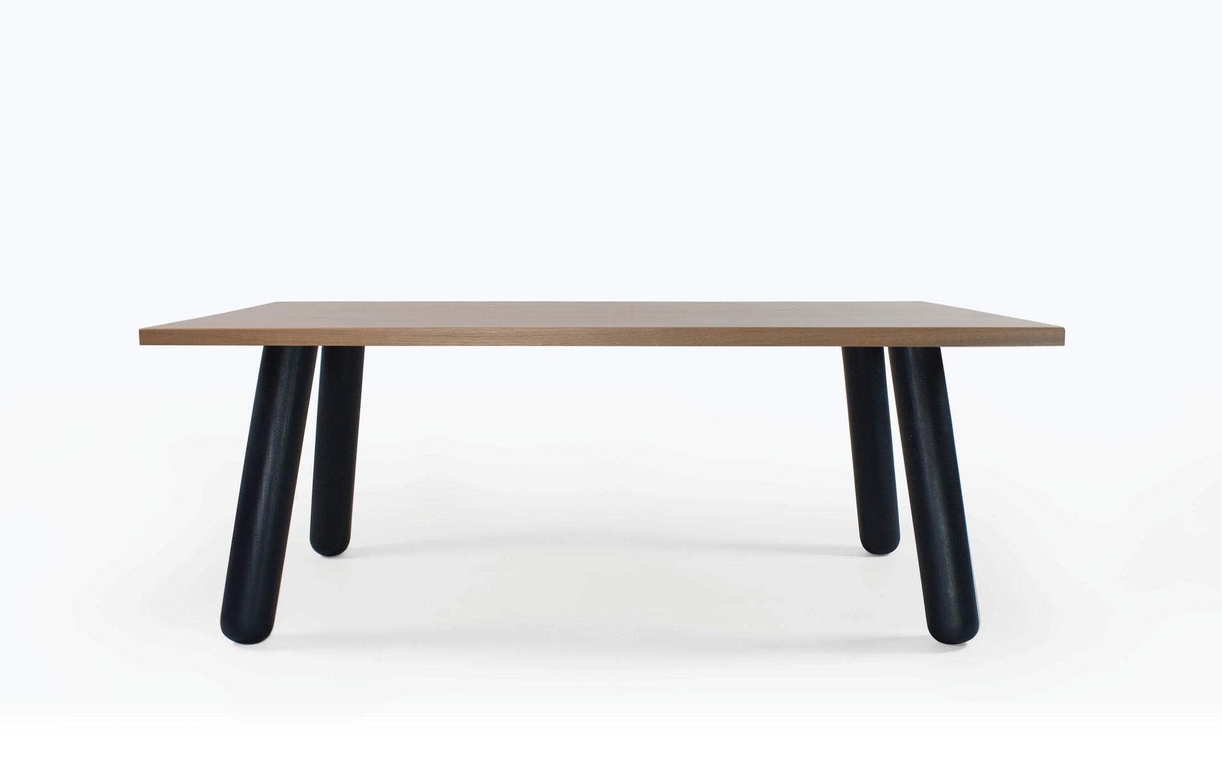 Eero Table -