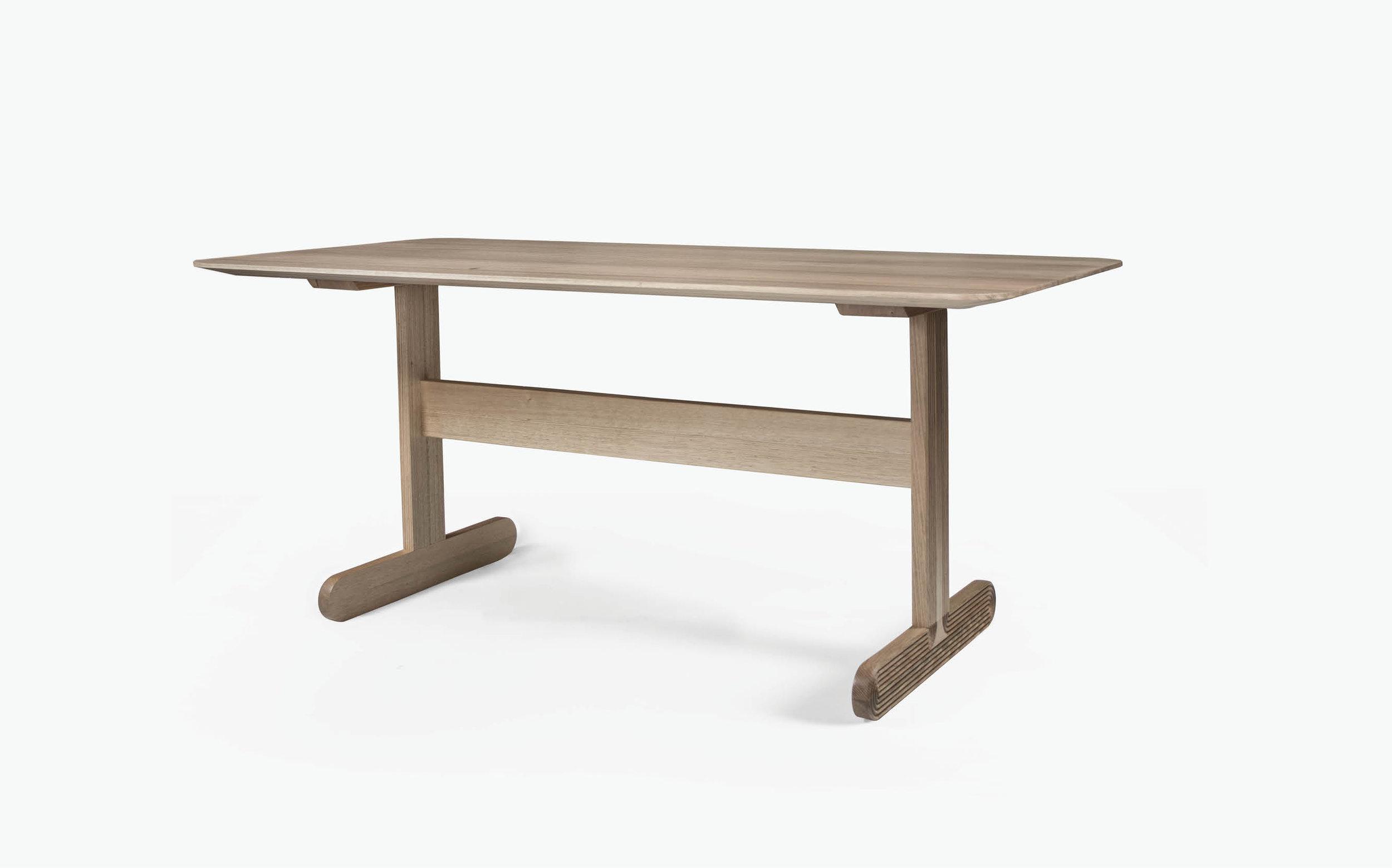 Nara Table -