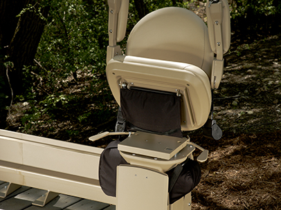 Bruno Elite Outdoor Curved Stairlift