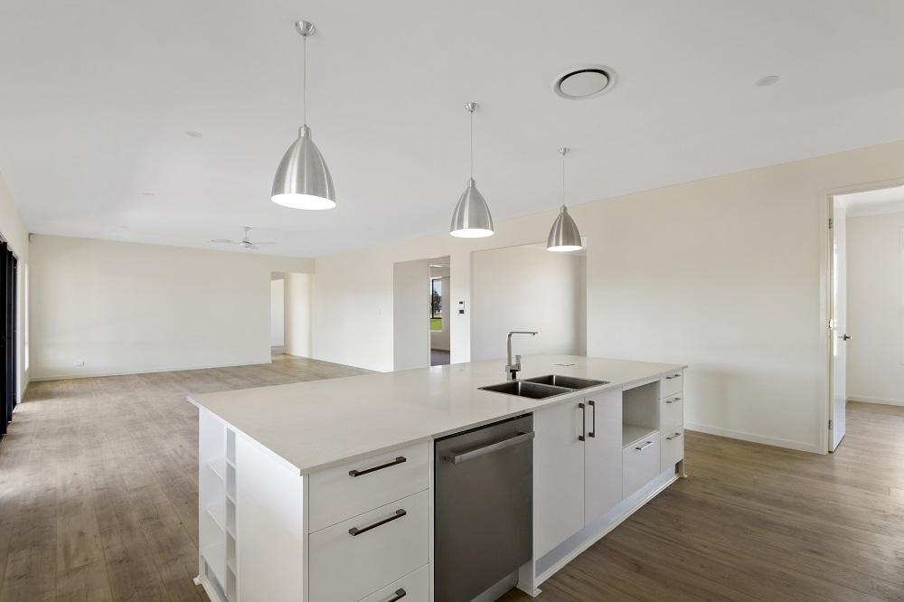 Side Kitchen (butlers pantry side).jpg