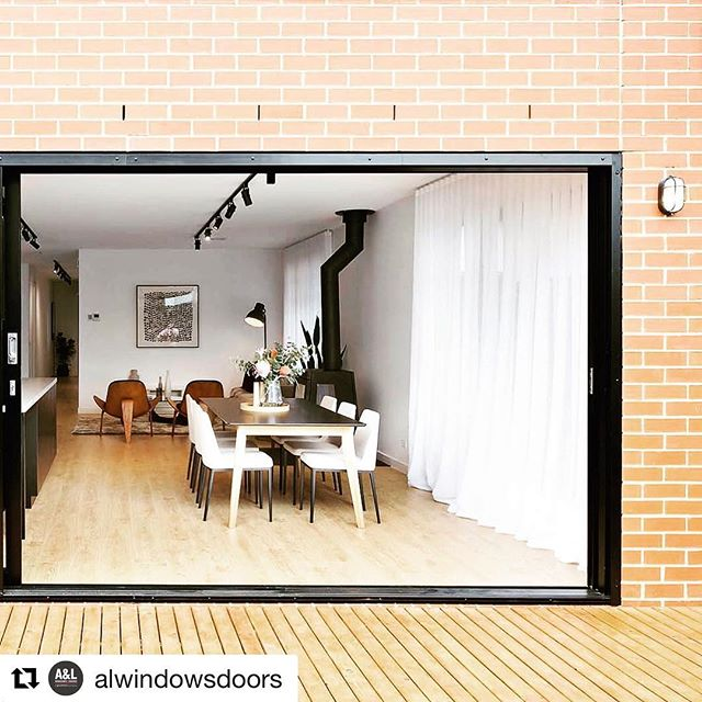 A&L supplies and installs our windows and doors here @exclusivelivingandlifestyle  Check out their website for their full range!  #Repost @alwindowsdoors with @get_repost ・・・ @tophat_and_mayfair are bringing the outdoors in on sunny days in Melbourne with A&L's Boutique Sliding Door. ⠀