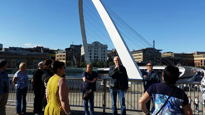 During a stop-off at Gateshead Quays, Ray entertains the passengers with his rib-tickling repartee and witty banter.
