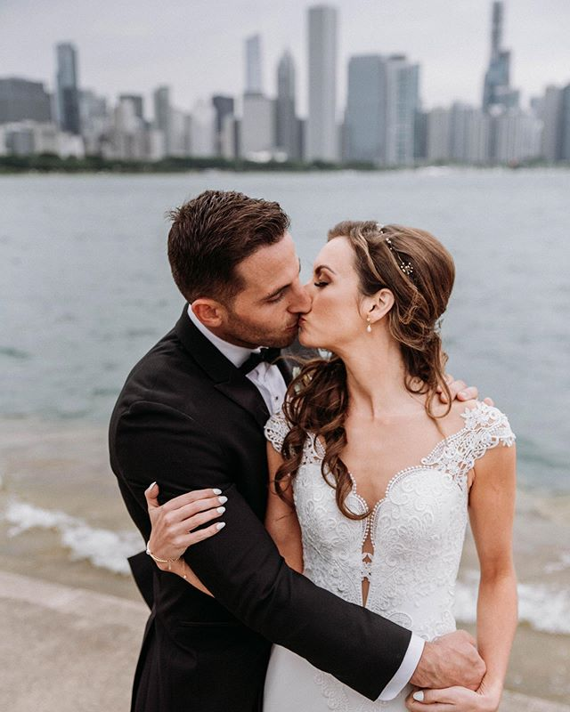 Just delivered Alyssa and Brads downtown wedding!  #chicagoweddingphotographer #engaged #chicagowedding #Dirtybootsandmessyhair #floridawedding #greenweddingshoes #theknot #orlando #floridaweddingphotographer #chasinglight #chicagoweddings #folkcreative #Couplescollective #loveauthentic  #weddingseason #floridawedding #bohobride #lovefl  #loveandwildhearts #pnwwedding #engagedlife  #elopement #thecreative #orlandoweddings #cityoforlandofl #orlandoweddingphotographer #wedchicago #wedflorida