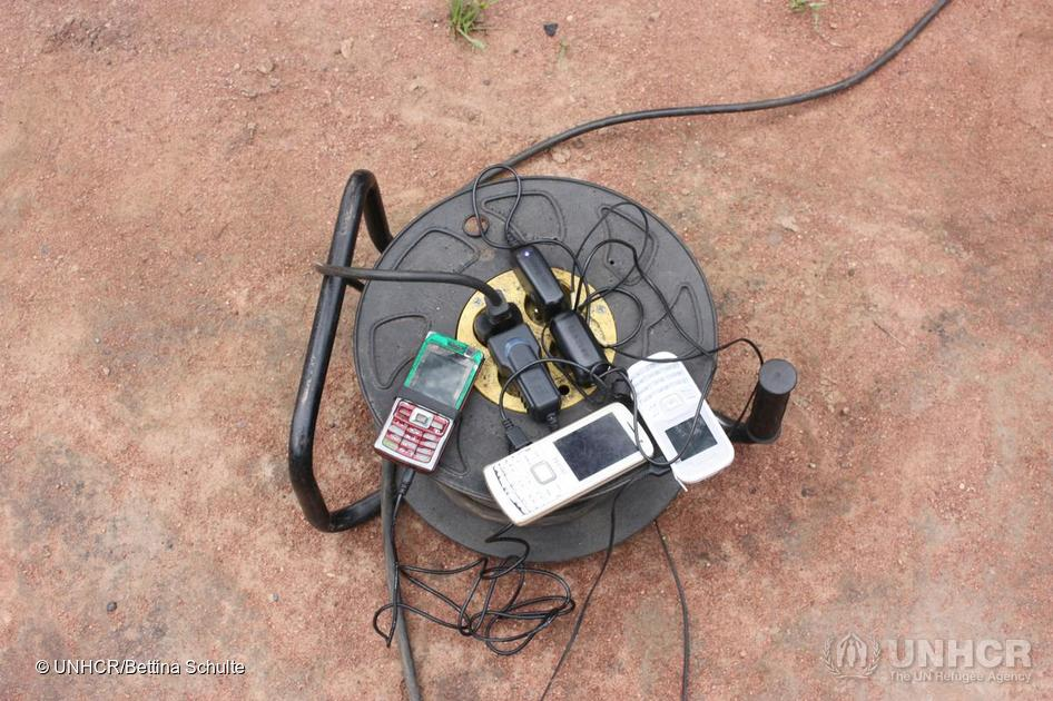 Mobiles charging in a vocational training centre for Central African refugees in Chad