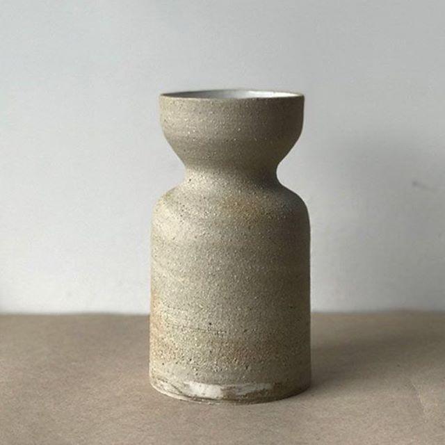 Black and porcelain mixed clay, strange 'lil swirl of it at the base. 👀 . . #ceramics #vase #handmade #wheelthrown #clay #bikisceramics #keramik #pottery #mix #stoneware #porcelain