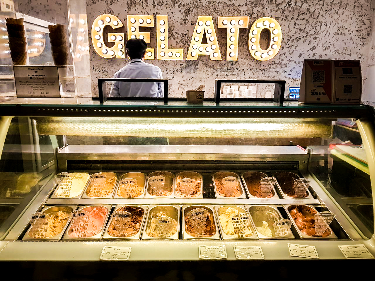 Gelato - Creamy, orgasmic ice cream that melts in your mouth. I had strawberry cheesecake and extra dark chocolate. And I died. Just writing about it now is making me want to go back and have more!