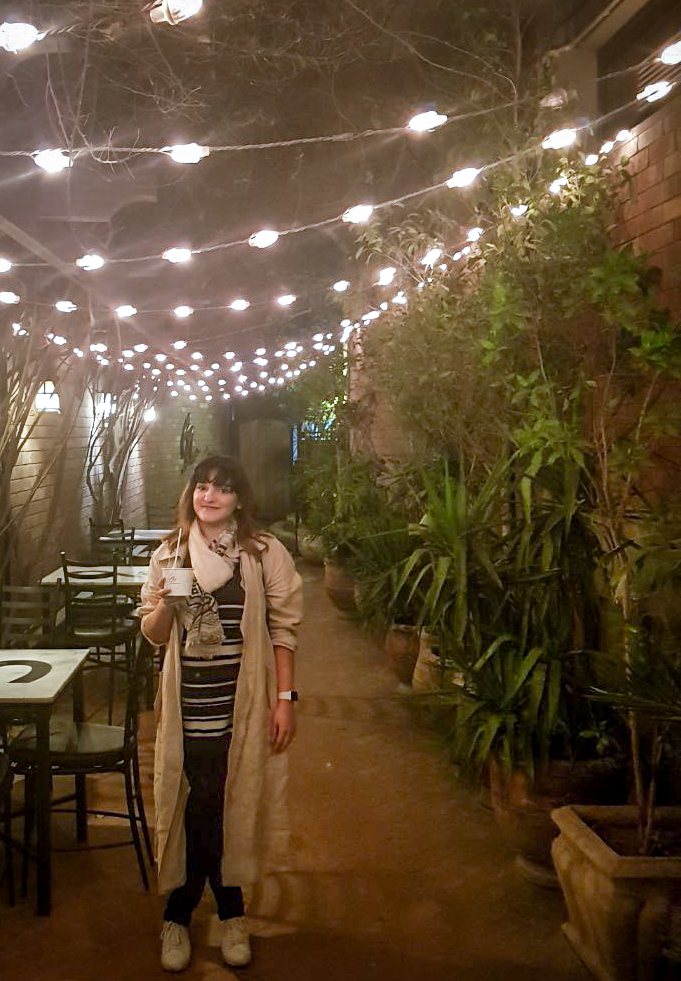 These Lights! - One of the reasons I love going to Cosa, is its cozy ambience. After having all that food and sugar, I just sat under these lights with Subi and a friend accompanying us, to have tea. It was perfect. We didn't want to move from here.