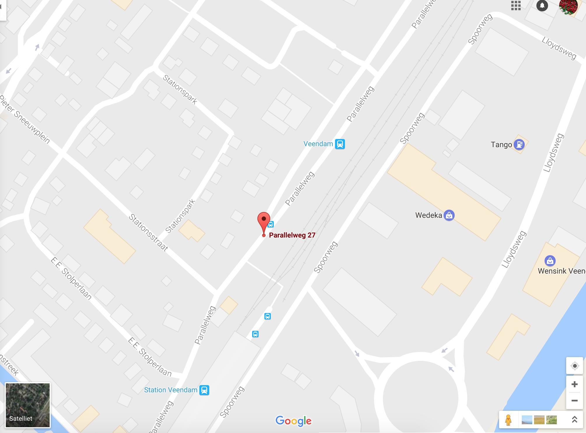 Onze klanten kunnen gratis parkeren op het P+R terrein van de treinstation