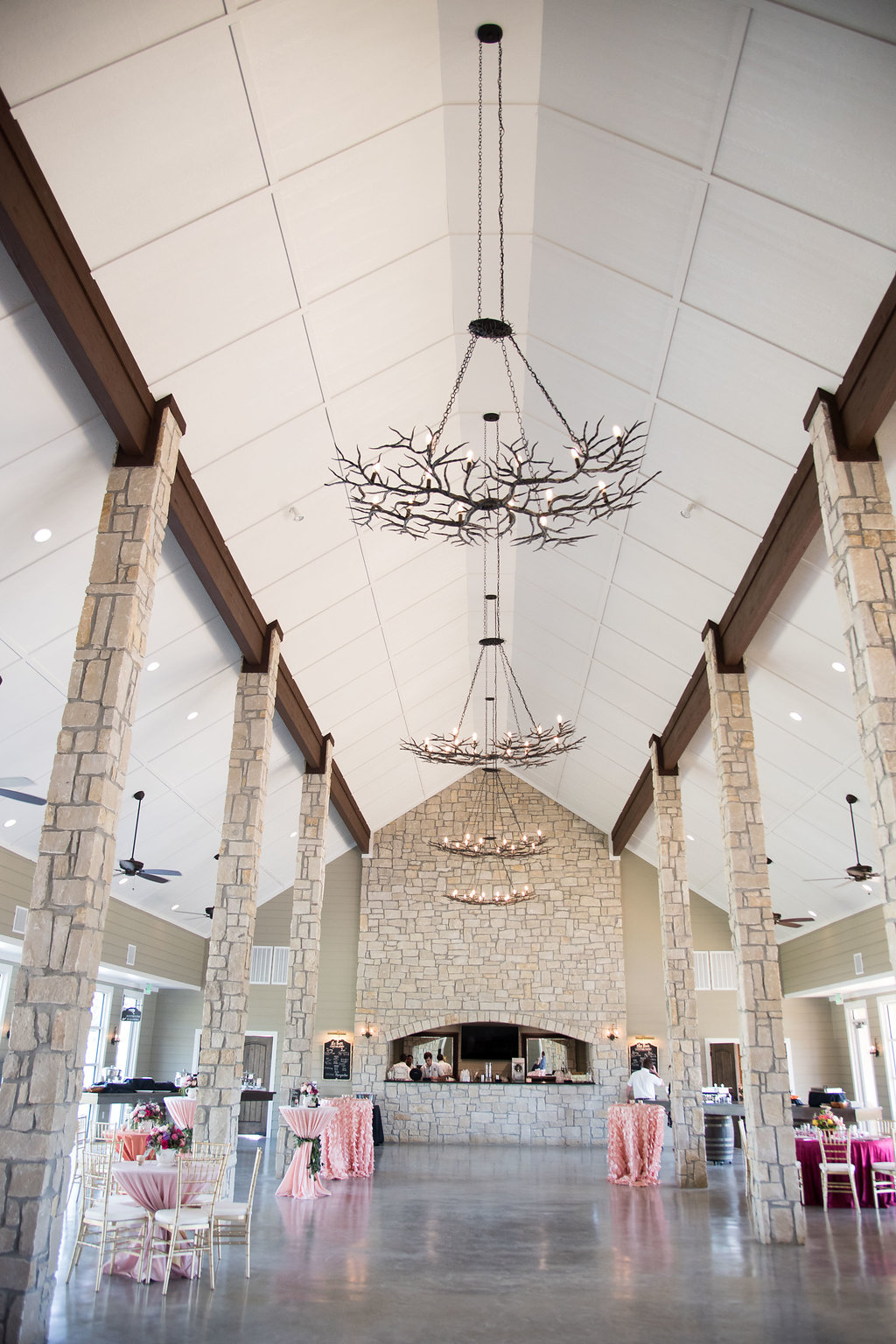 Inn at quarry ridge open house planned by epoch co in college station spring wedding inspiration