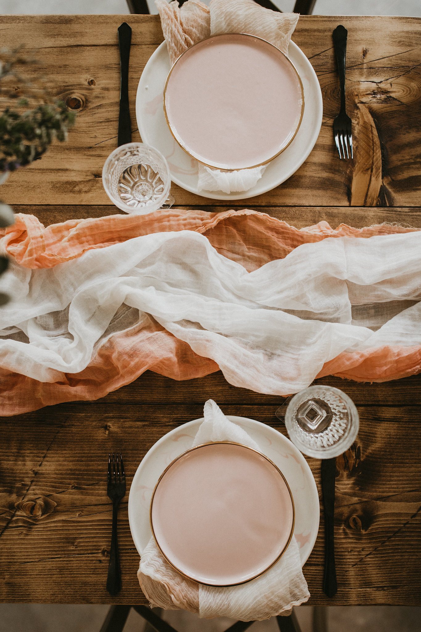 hand dyed table runner college station wedding planner epoch co wedding venue meekermark