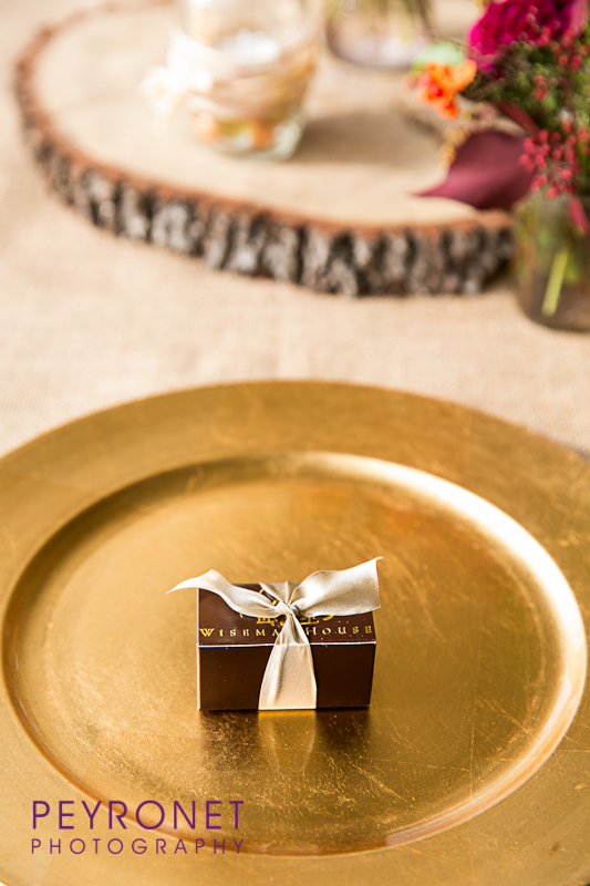 WISEMAN CHOCOLATE WEDDING FAVOR RUSTIC FALL DOUBLE CREEK CROSSING PEYRONET PHOTOGRAPHY EPOCH CO