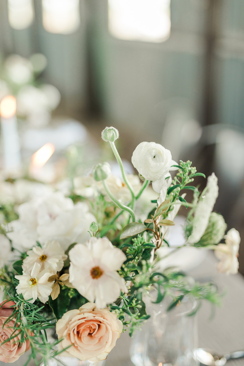 romantic industrial minimal neutral wedding floral inspiration houston austin wedding venue planner coordinator epoch co+