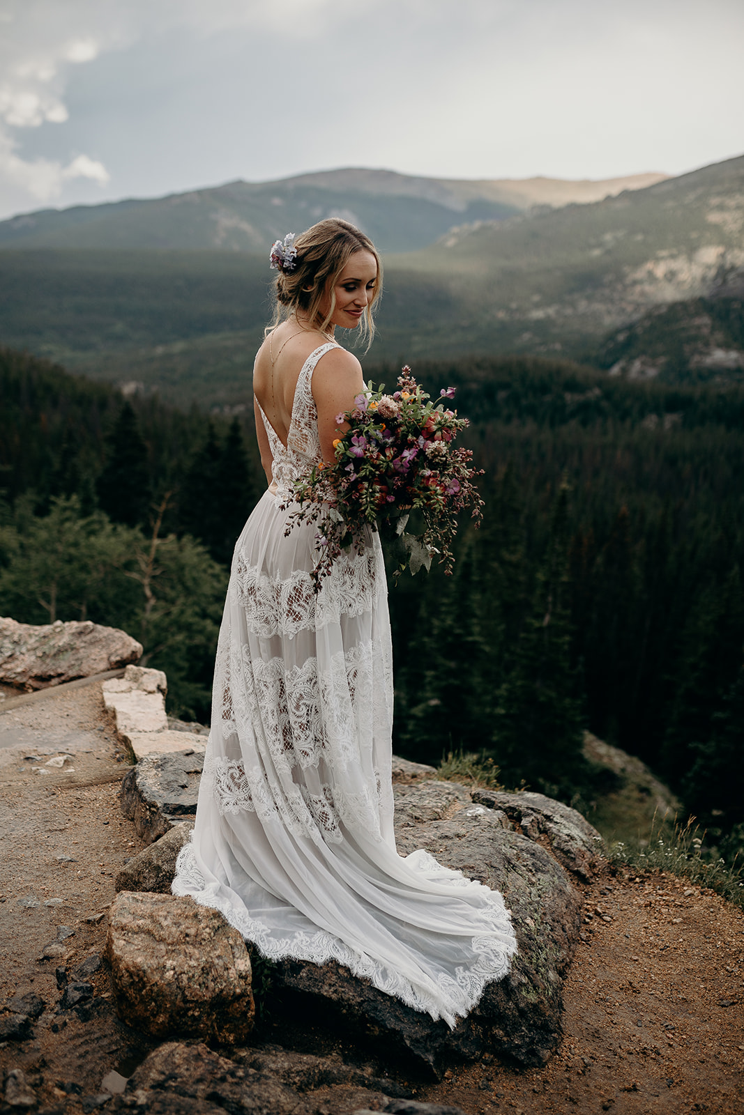 Epoch Co+  //  Heidi Elyse Photography  //  Lale Florals  //  Wedlocks Bridal Hair and Makeup  //  Emma and Grace Bridal  // Willow By Watters