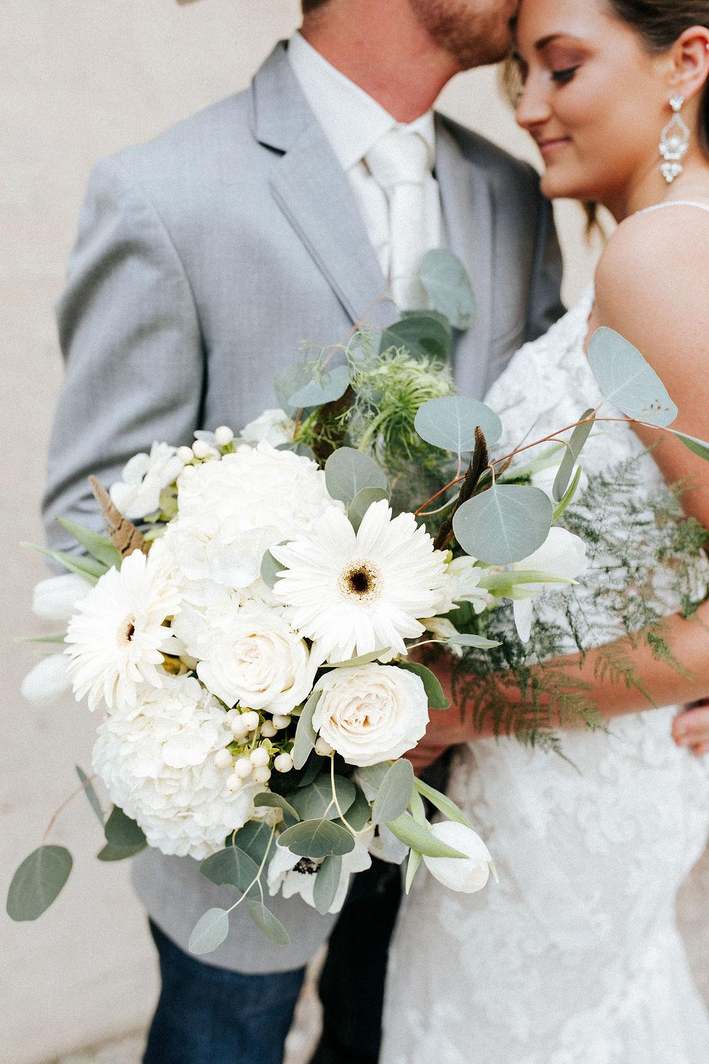 Epoch Co+ Destination wedding planner | First Look Photo Ideas with Groom | Rockin Star Ranch, Brenham Wedding Venue | Velvet + Wire Photography | Austin Wedding Planner | white + green bridal bouquet inspiration