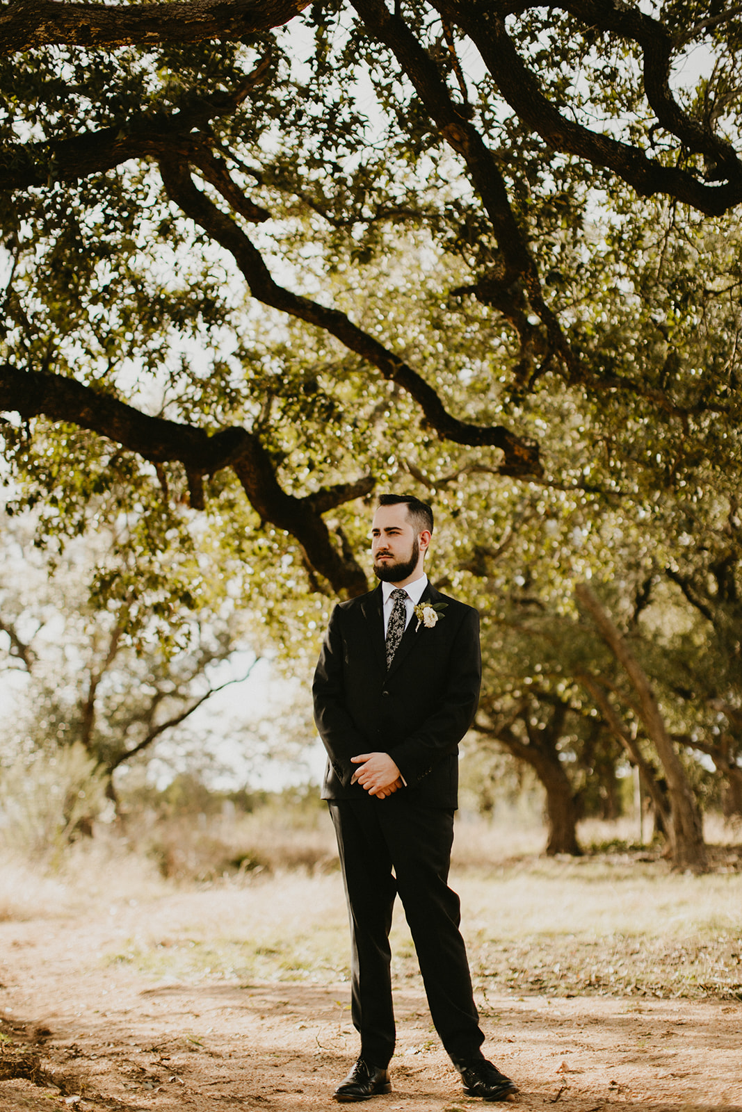 austin wedding planner + coordinator + wedding venue prospect house + groom attire + craft beer + boutonniere