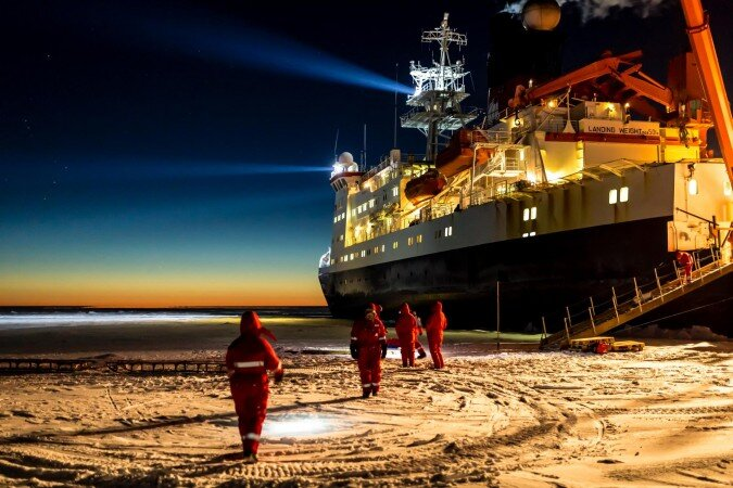 German icebreaker RV Polarstern will form the centerpiece of the drifting climate observatory.