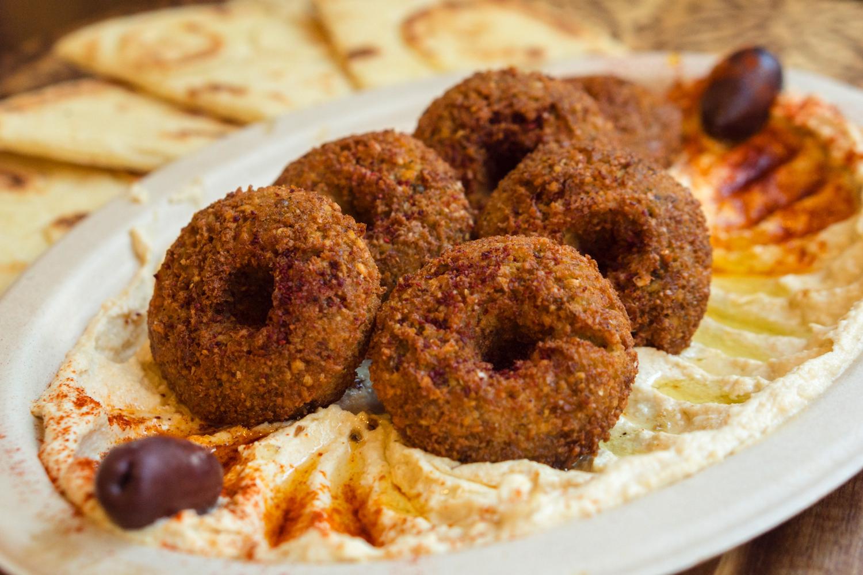Hummus Falafel Plate