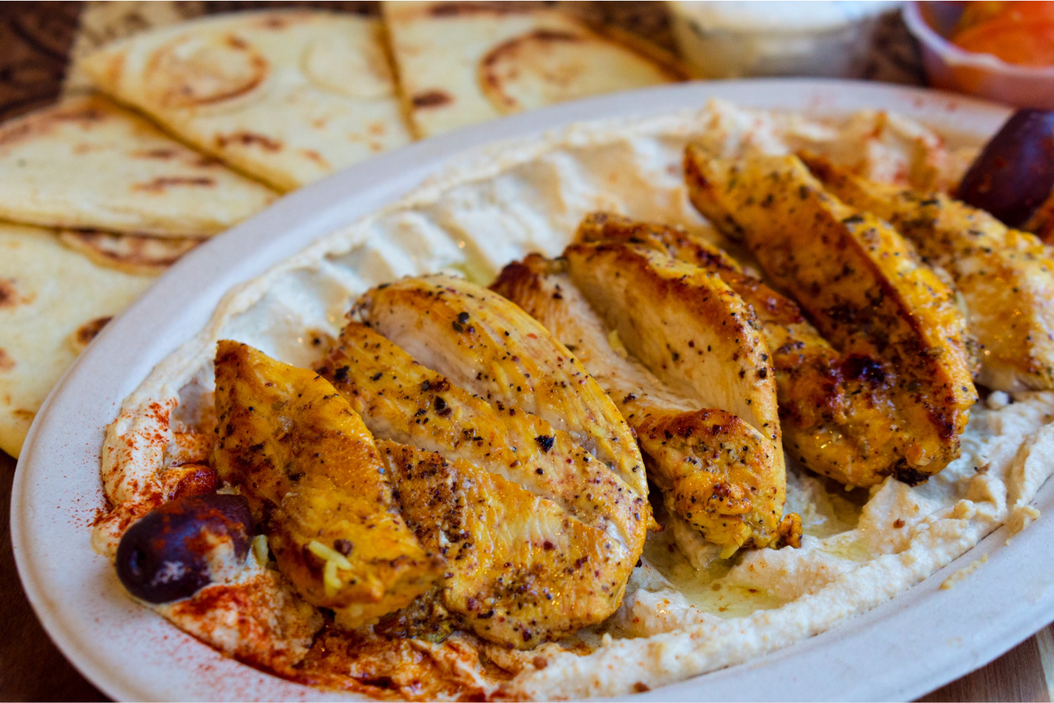 Hummus with Chicken Kabab