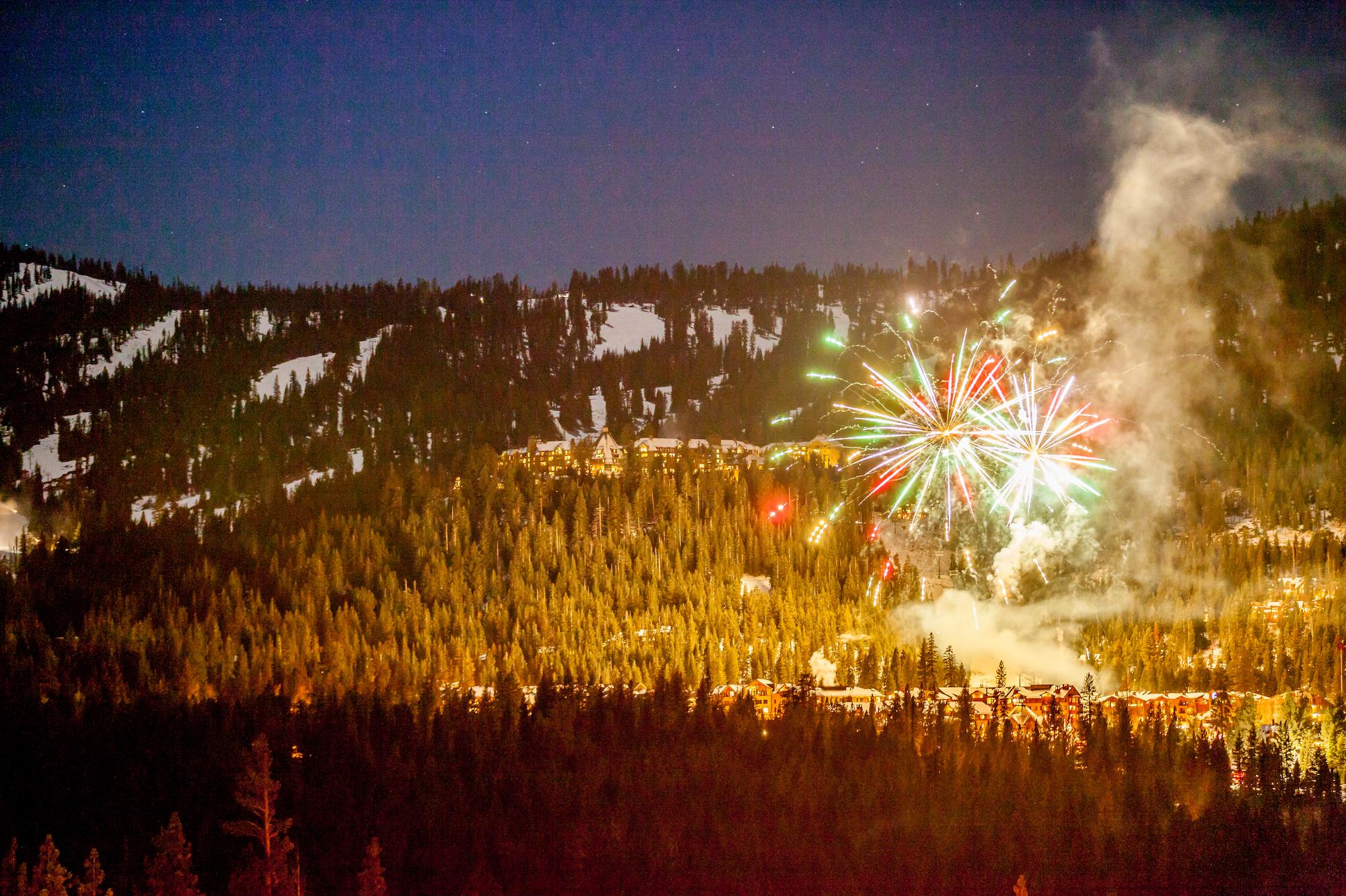 NYE Fireworks 2014-3.jpg
