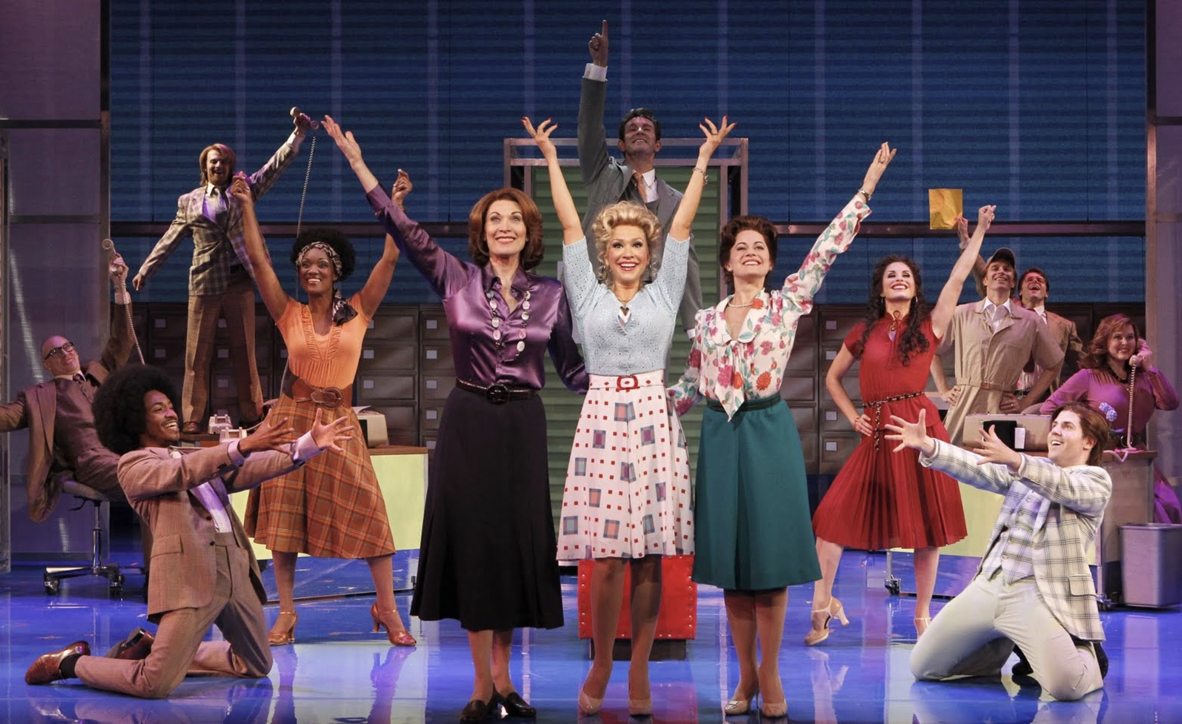 9-to-5-Broadway-full-cast.jpg