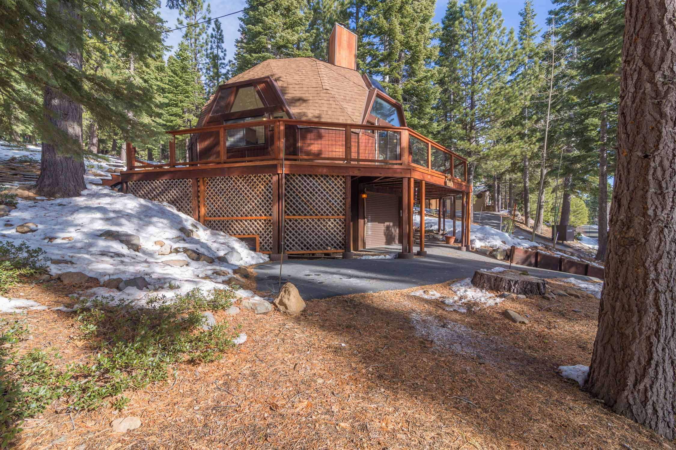12784 Falcon Point Place_ Tahoe Donner_ Truckee_ CA 96161 (24).jpg