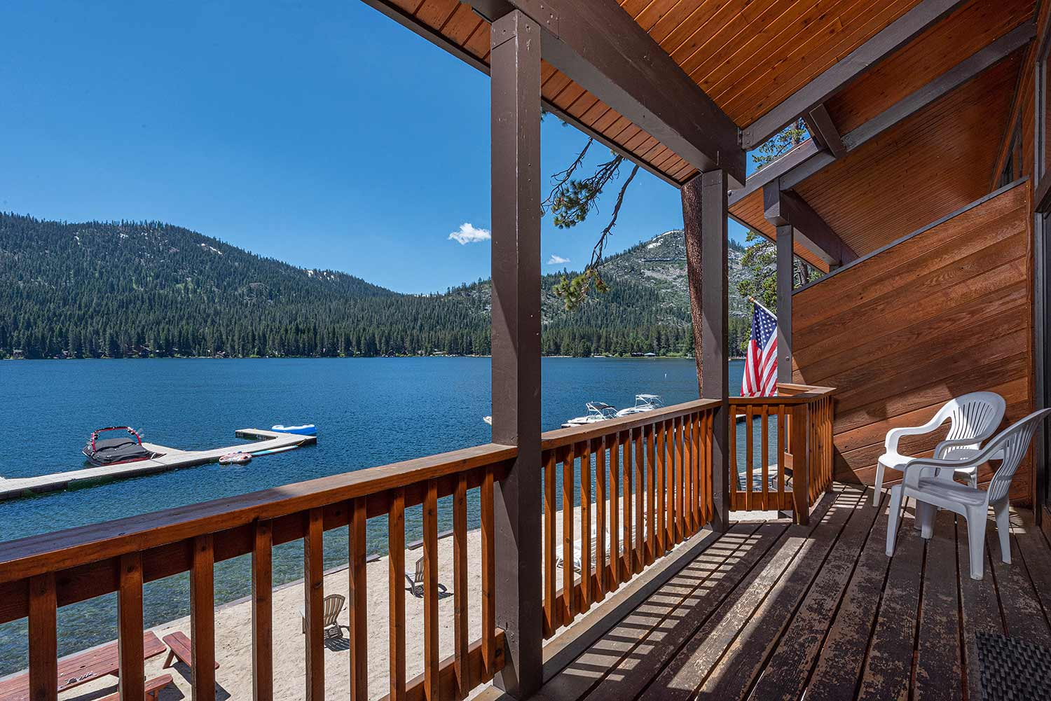 Spectacular Donner Lakefront Townhome