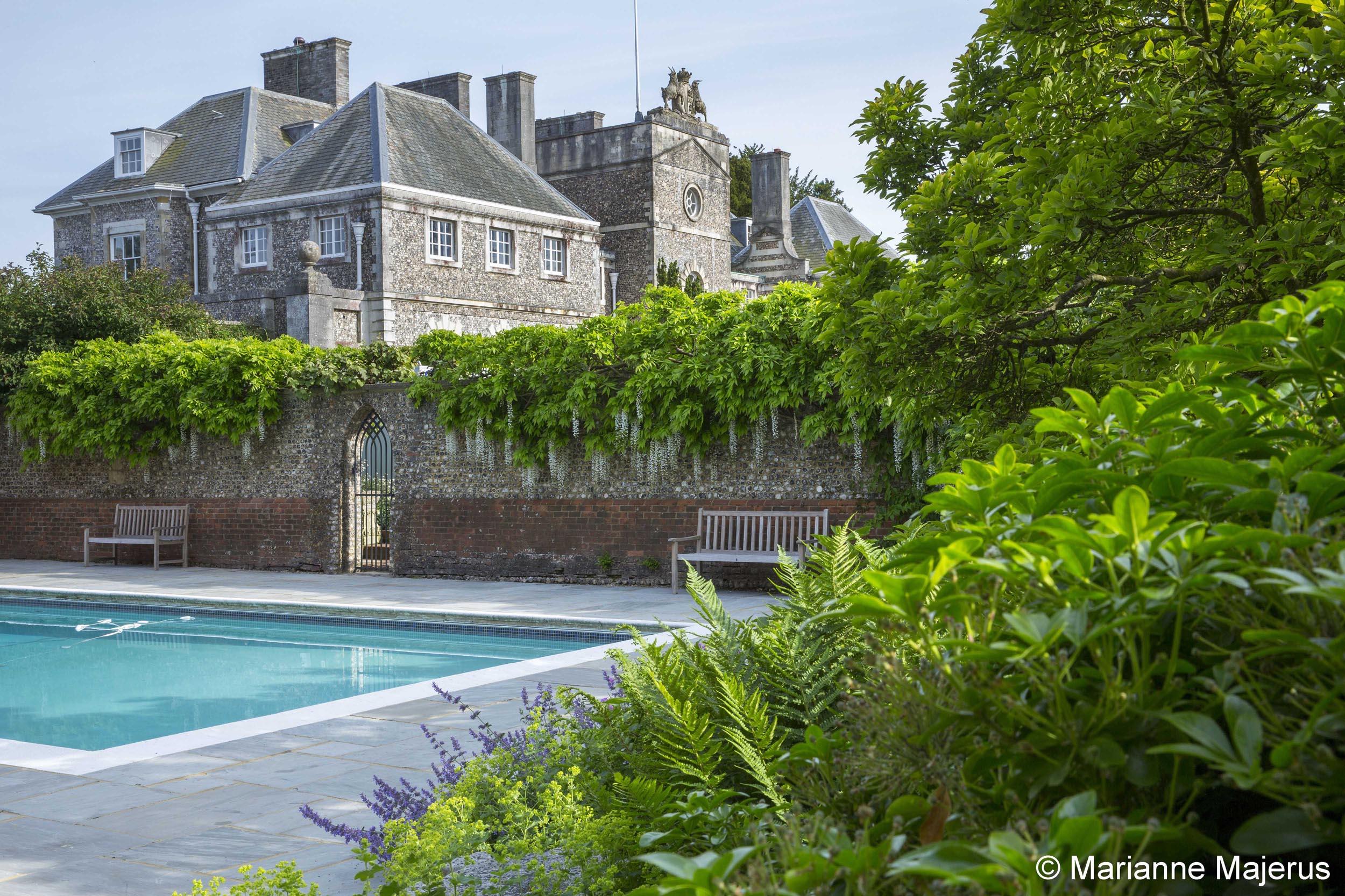 Farleigh Wallop, Masterpiece Estates