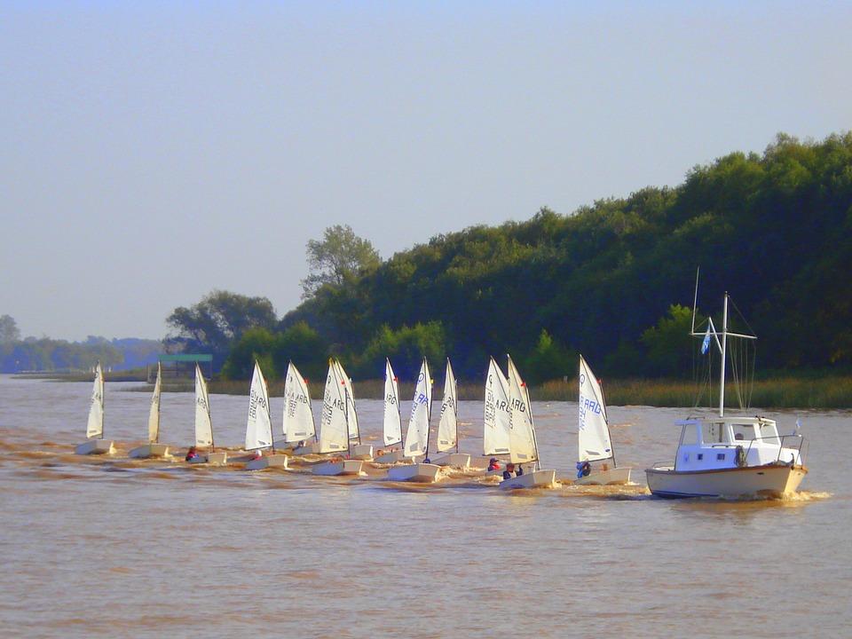 sailing-342069_960_720.jpg